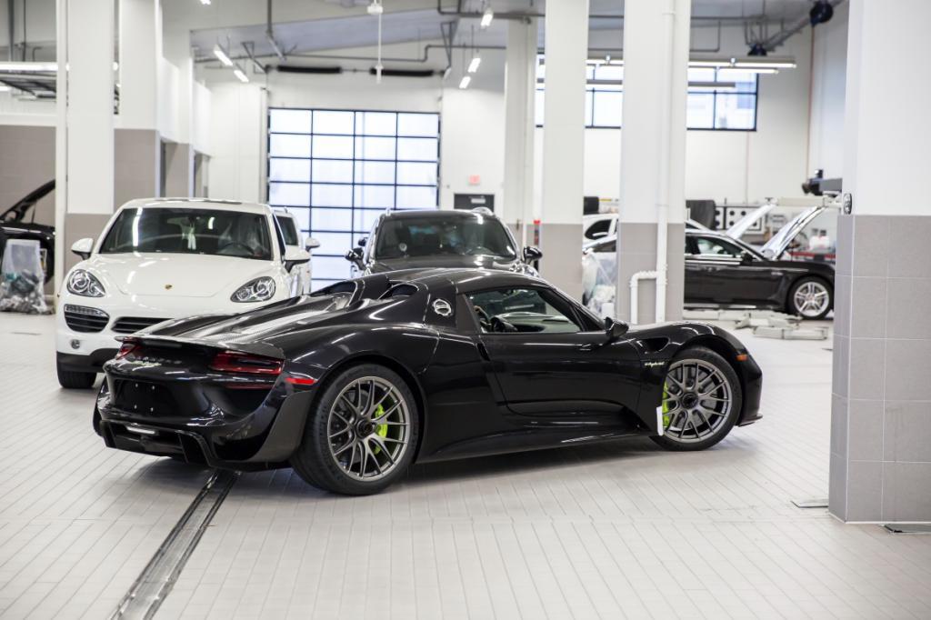 Canada) – #713/918 | Porsche 918 Spyder Registry